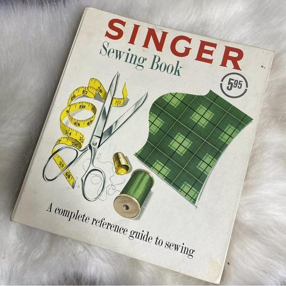 Vintage 1954 SINGER Sewing Reference Guide Binder